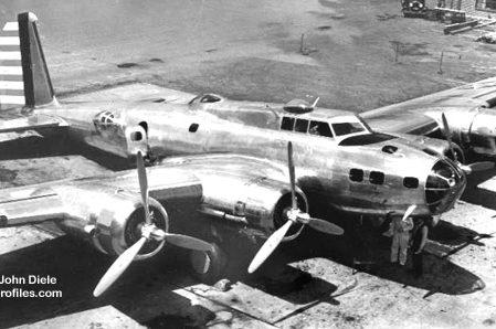 هواپیمای بوئینگ مدل ۲۹۹