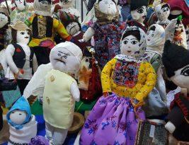 نمایشگاه صنایع دستی و عروسکهایی دوست داشتنی